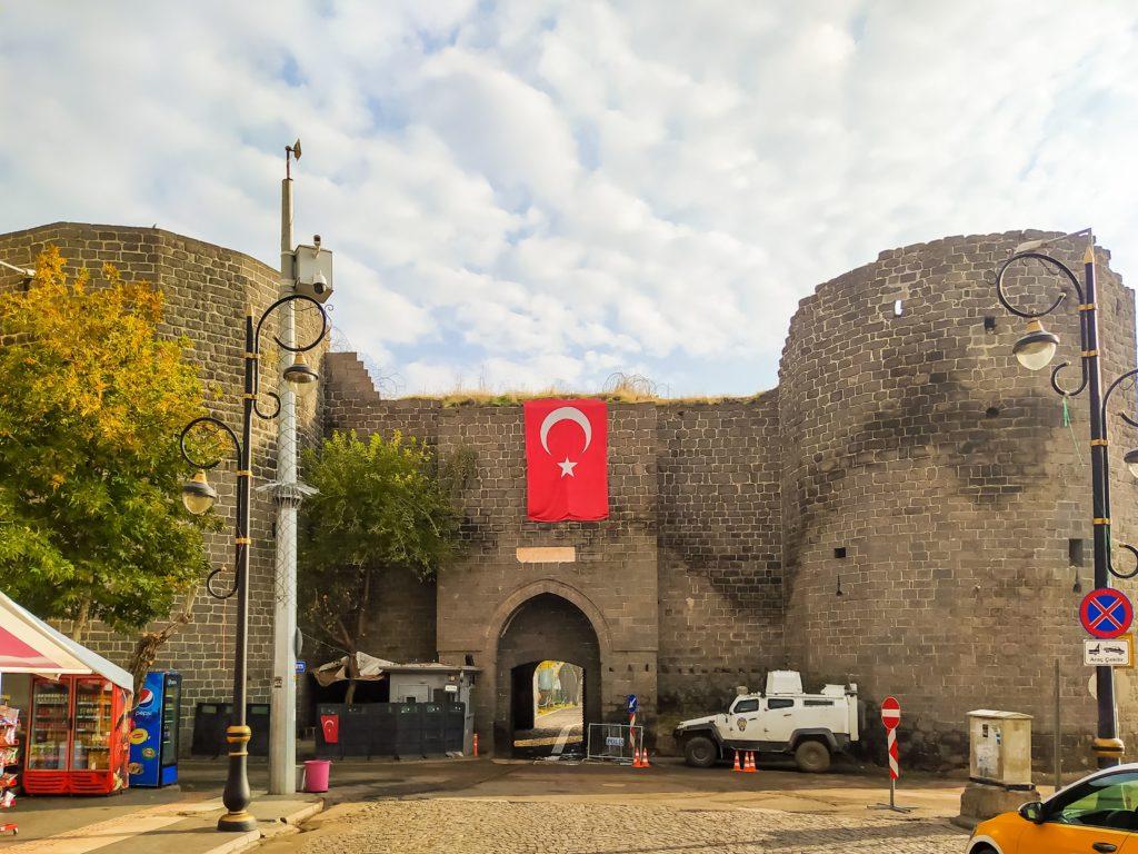 Турция Диярбакыр крепость