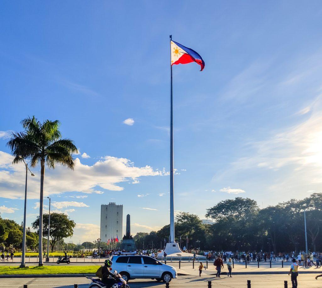 Манила флаг