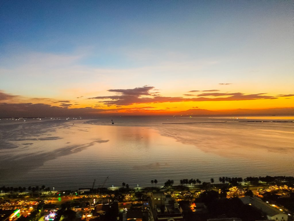 Манила закат