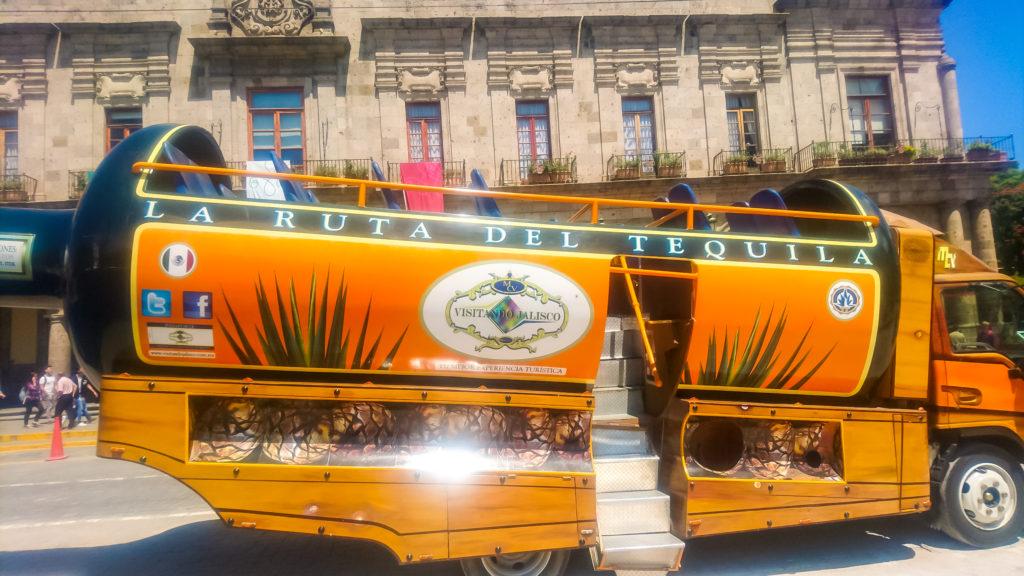 Автобус в город Текила