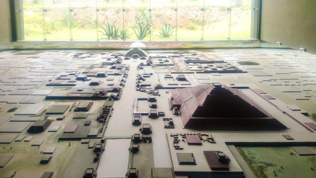 Теотиукан план города