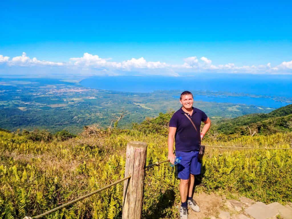 Вид с вулкана Момбачо
