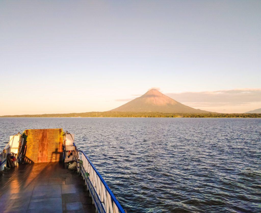 Вид с парома на остров Ометепе