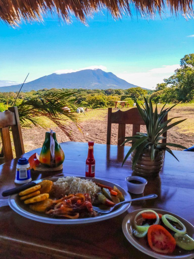обед Никарагуа