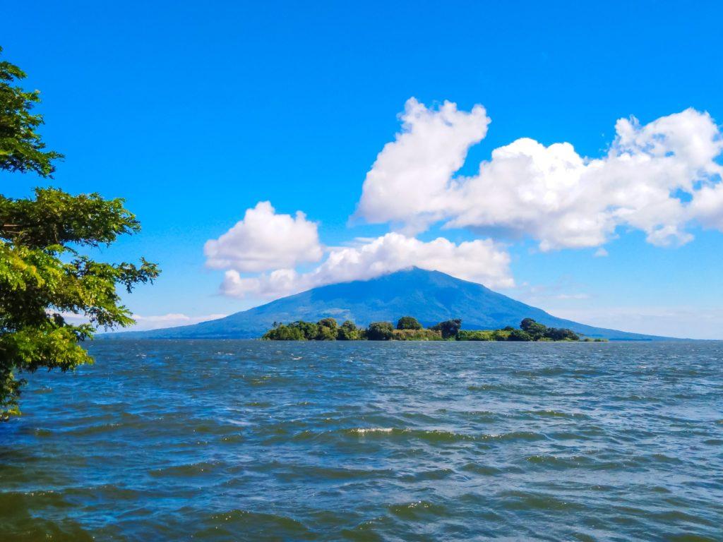 Ометепе вулкан Мадерас