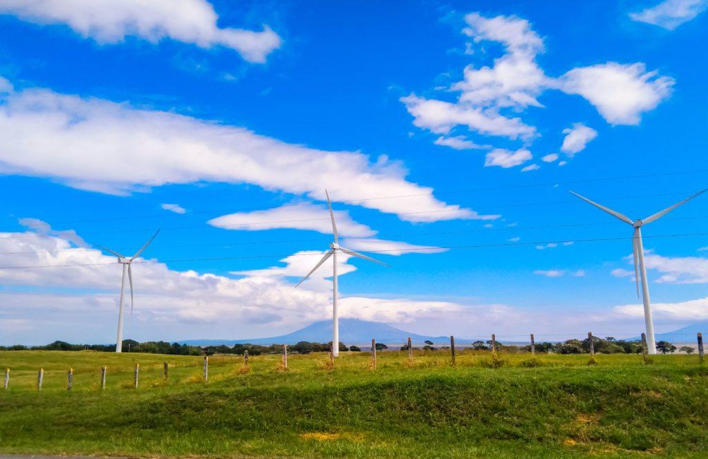 Ветряки по дороге из Риваса