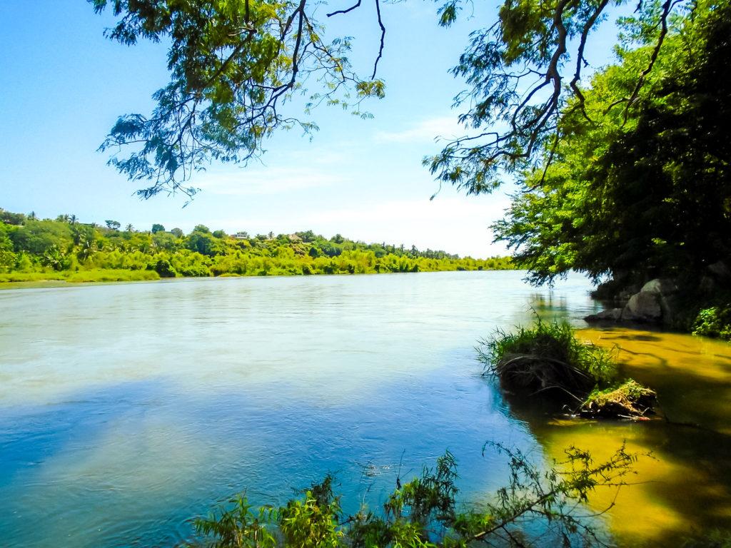 Пуэрто-Эскондидо река