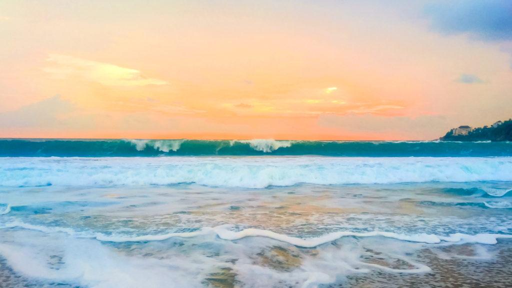 Пуэрто-Эскондидо волны на закате