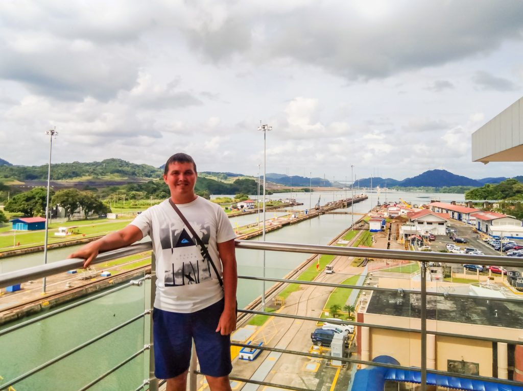 Панамский канал шлюх Мирафлорес