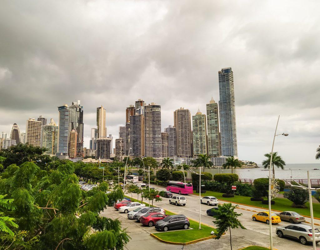 Панама проспект Бальбоа