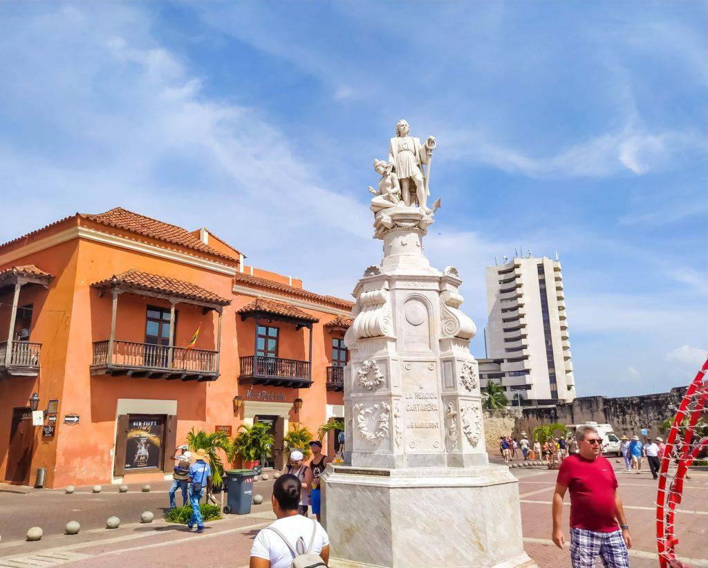 Картахена Памятник Колумбу