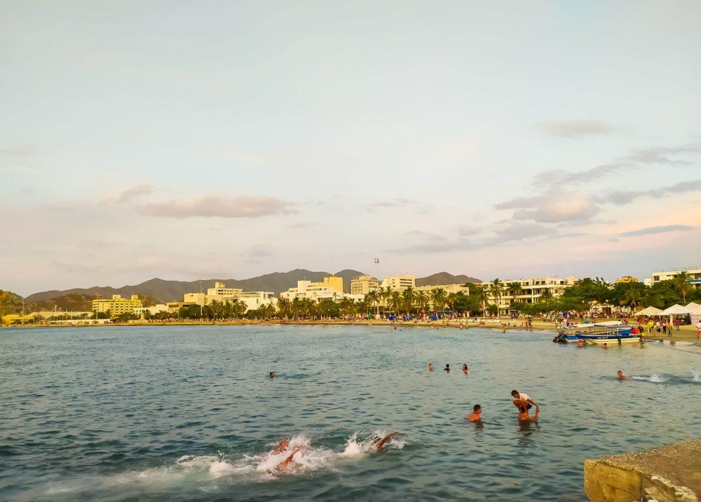 Санта-Марта пляж