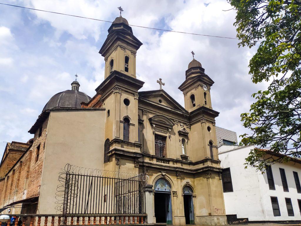 Медельин Собор Сан-Антонио