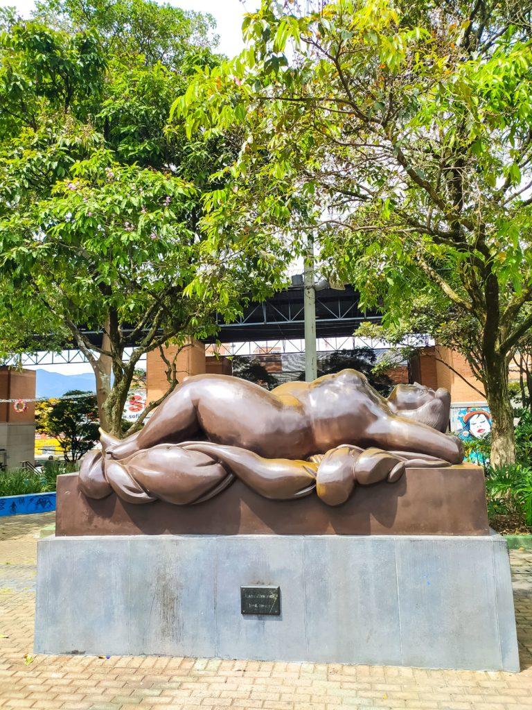 Скульптура Ботеро