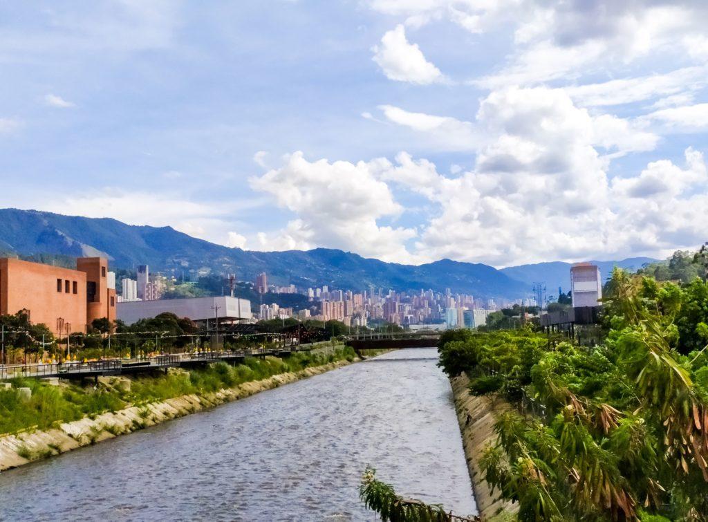 Река Порсе в Медельине
