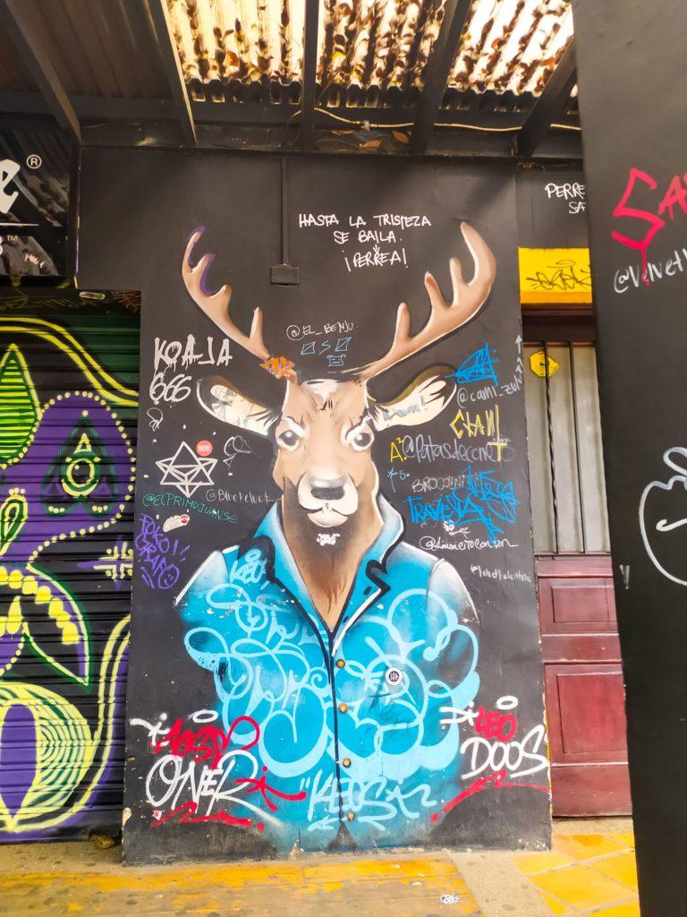 Граффити с оленем