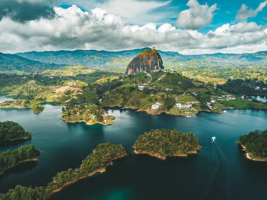 Гуатепе и скала Эль Пеньол