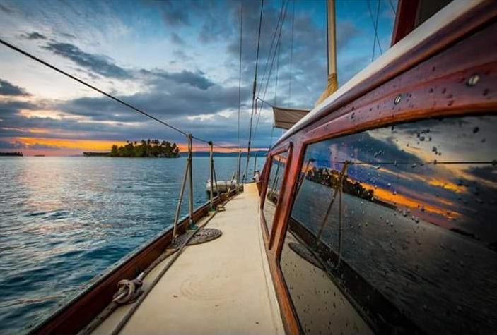 Яхта из Панамы в Картахену