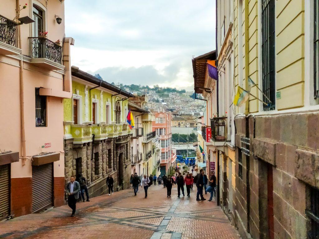 Городские улицы Кито