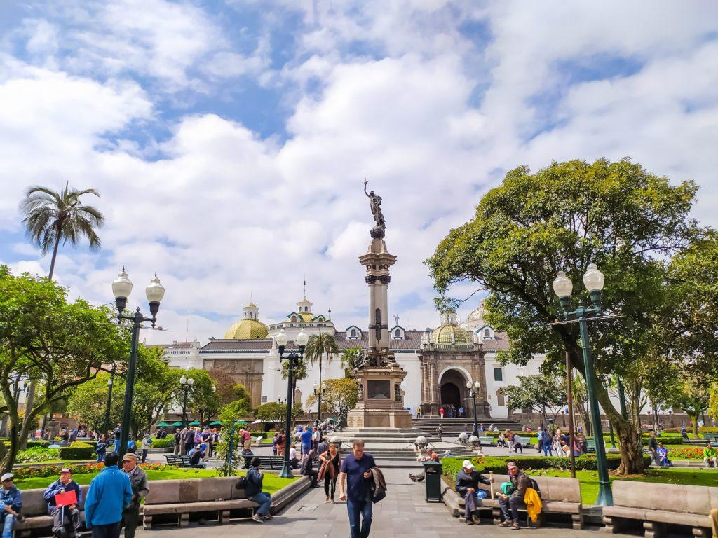 Кито монумент независимости