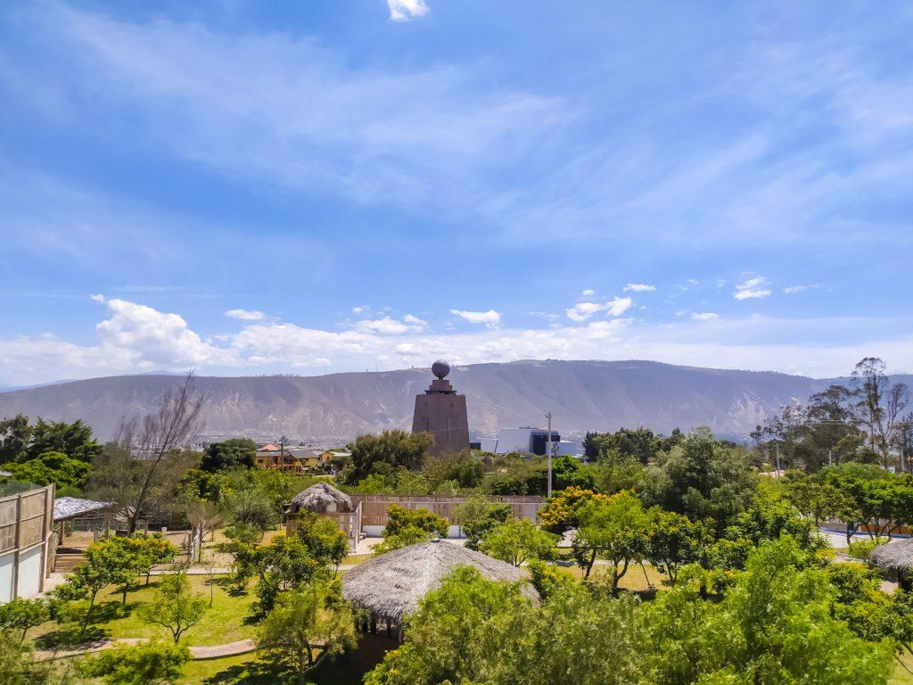 Кито парк Mitad del Mundo