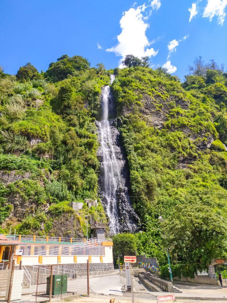 Баньос водопад Cascada Cabellera de la Virgen