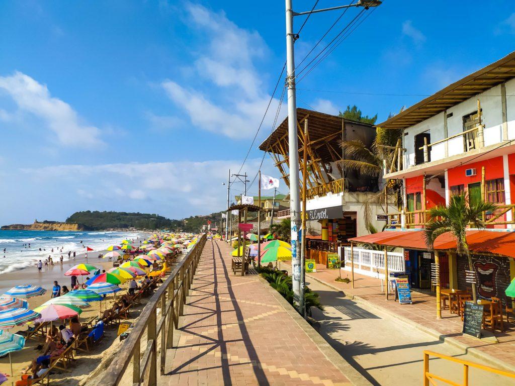 Монтанита набережная и пляж